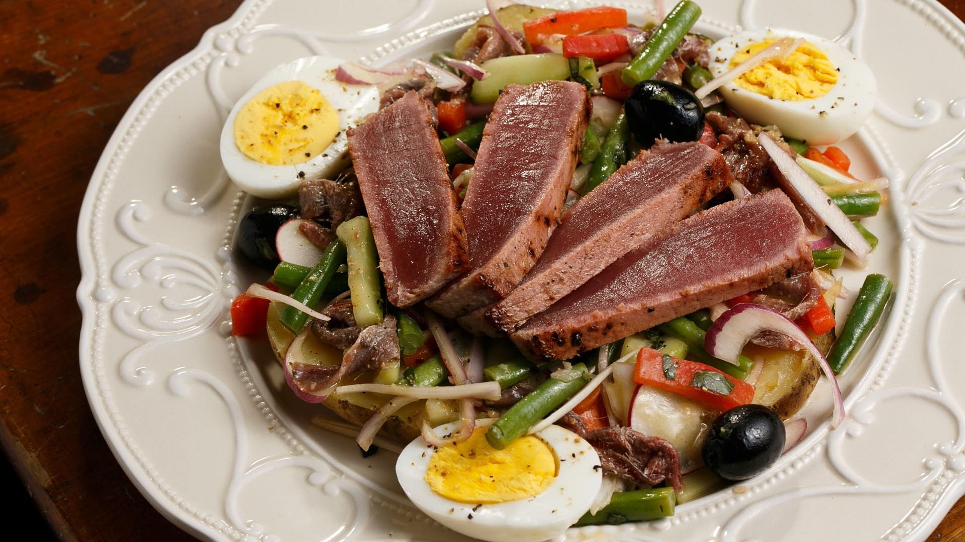 """""""Nicos"""" salotos (pranc. Salad Niçoise)"""