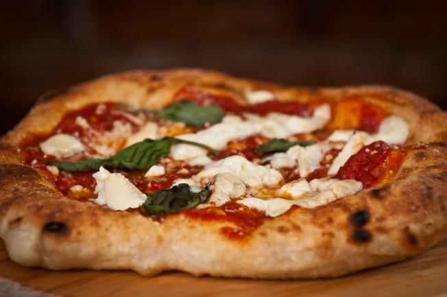 652 pizza